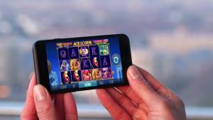 Mobile Slots: Your Chance to Enjoy Video Poker Or Blackjack Online